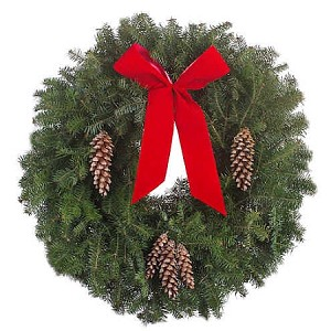 "Traditional Christmas Wreath (25"")"
